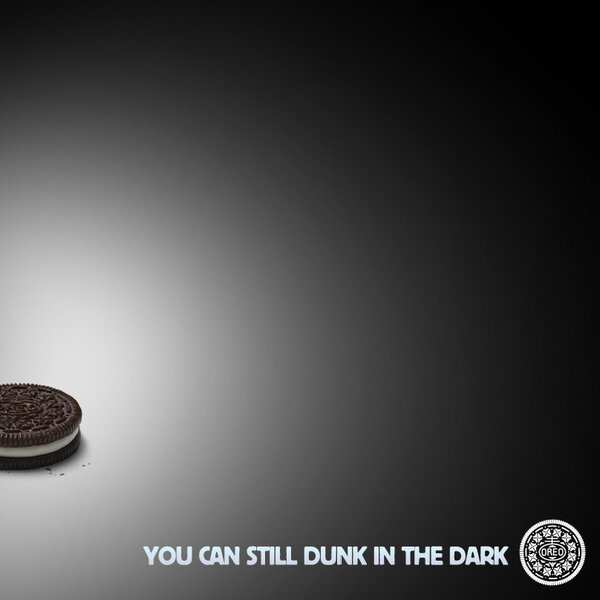 oreo-super-bowl-power-outage-ad-twitter